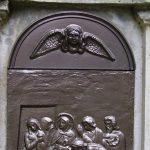 Jézus holttestét sírba teszik
